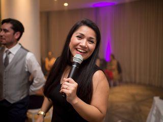 Karen Araya Maestra de Ceremonia 7