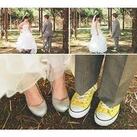 zapatillas converse en el novio.