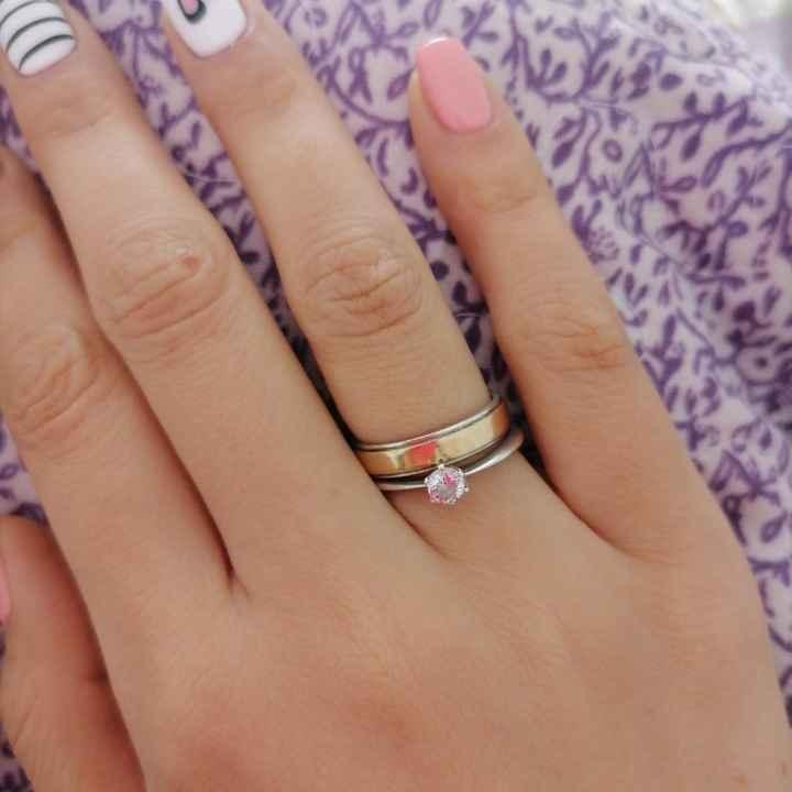 Serán de... ¿Ilusiones o anillo de compromiso? - 1