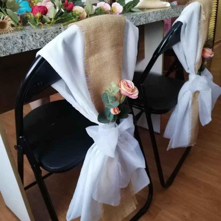 Idea para adornar sillas - 2