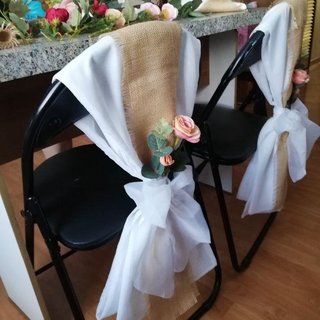 Idea para adornar sillas 2