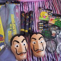 las máscaras y otras tentaciones del momento