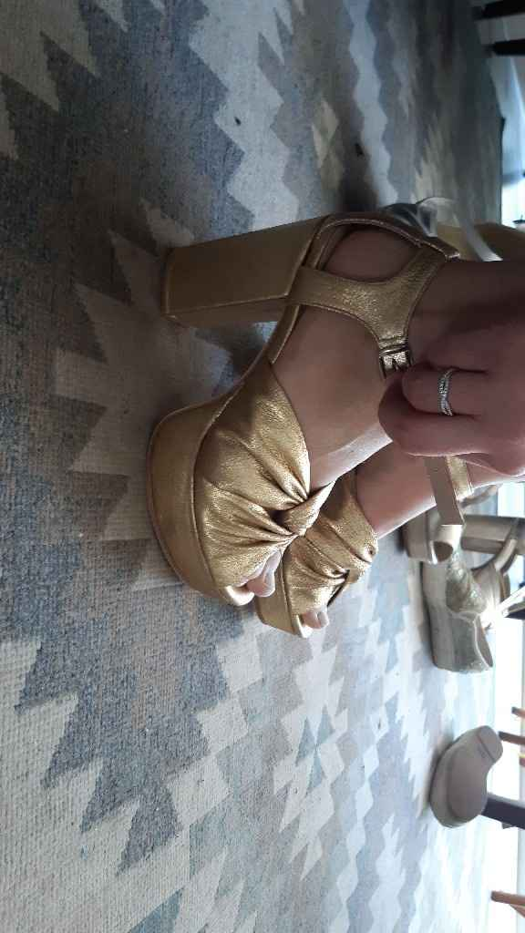 Zapatos blancos VS de color ¿A cuál le das el SÍ? - 1