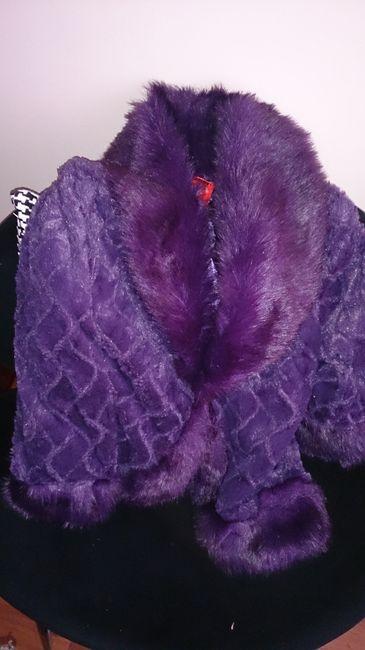 chaqueta morada