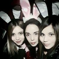Con mis hermanas, mis mejores amigas.