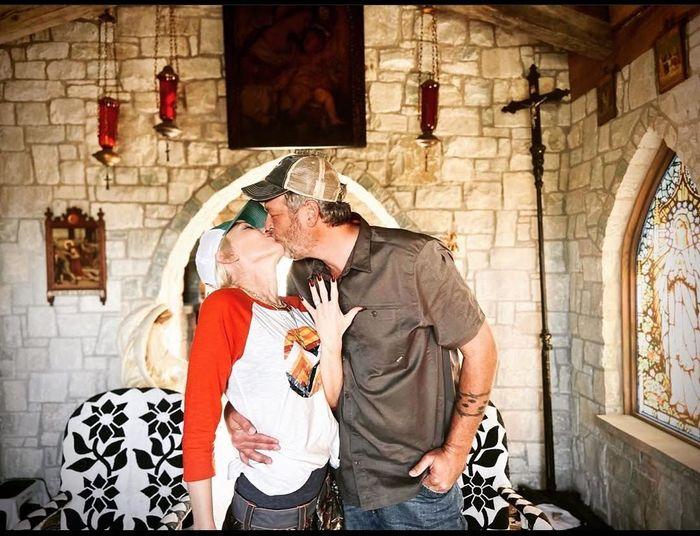 Una diva de los 90 dijo que SÍ👉 ¡Gwen Stefani se comprometió!💍 2