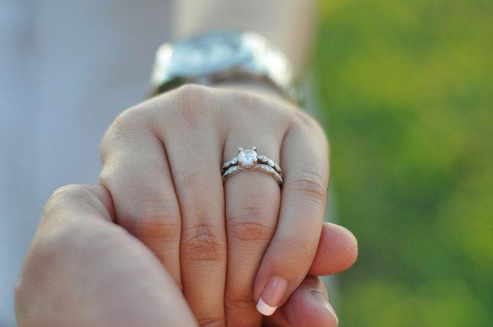 ✨ ¡Muéstranos tu anillo! 1
