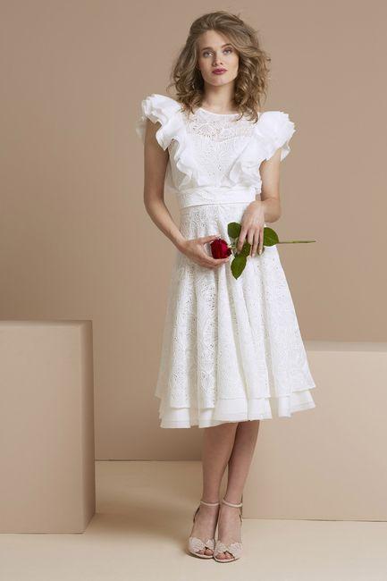 6 vestidos a la rodilla para una boda íntima👗 4