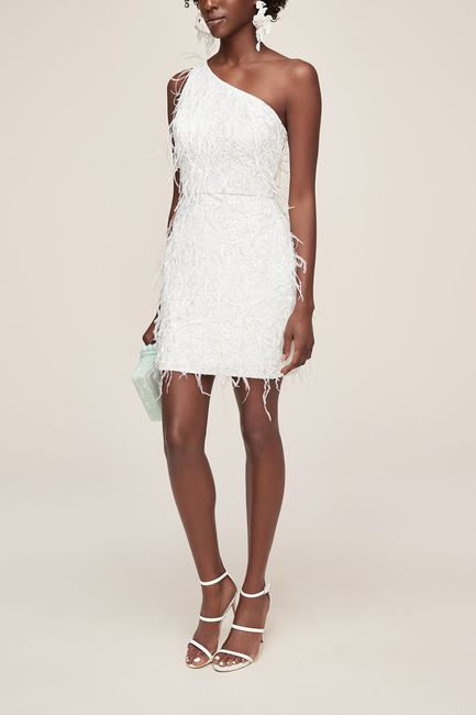6 vestidos a la rodilla para una boda íntima👗 5