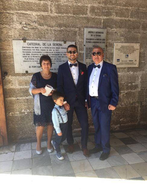 novio, hijo y suegros
