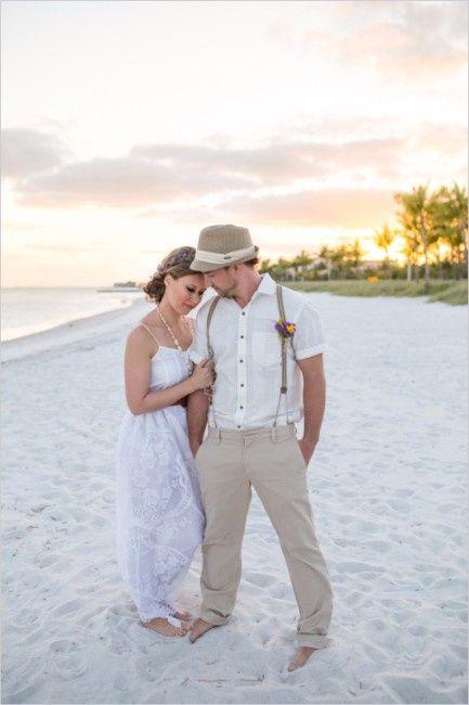 da28c48a2a Matrimonio en la playa  ¡Elige el look del novio!