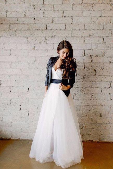 novias de invierno: ¿chaqueta de cuero, jeans o peludo?
