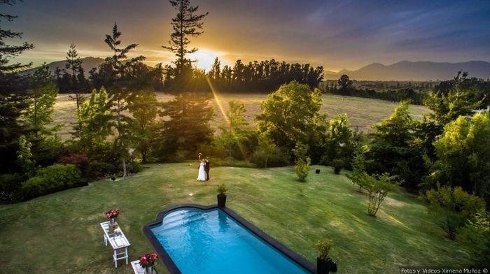El día de tu matrimonio amanece nublado y va a llover ¿Qué haces? 1