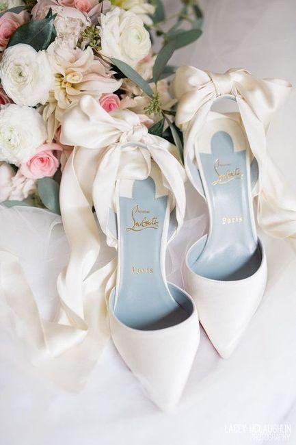 ¿Zapatos blancos o de color? 1