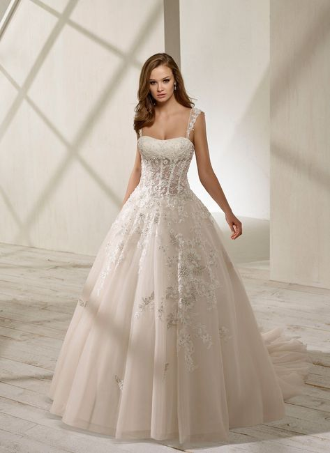 vestido de novia escote cuadrado: ¿2018 o 2019?