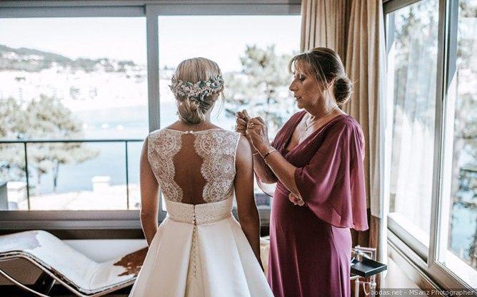 ¿La espalda de tu vestido será romántica? 1