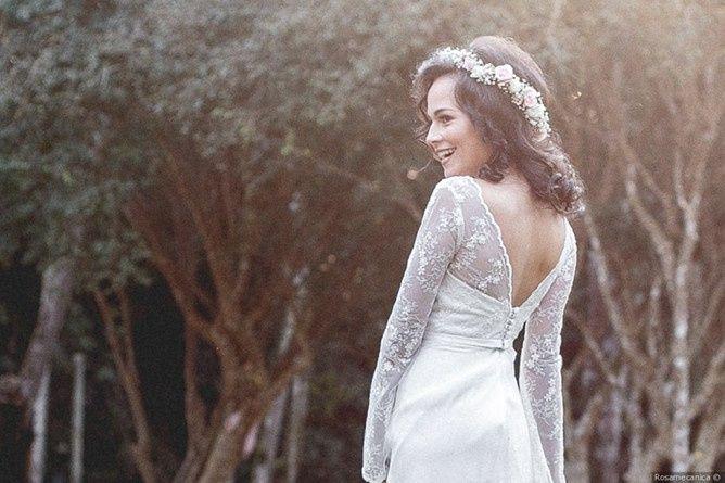 ¿La espalda de tu vestido será romántica? 2