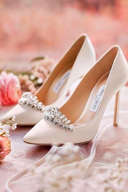 ¿Qué par de zapatos elegirías para tu gran día? 1