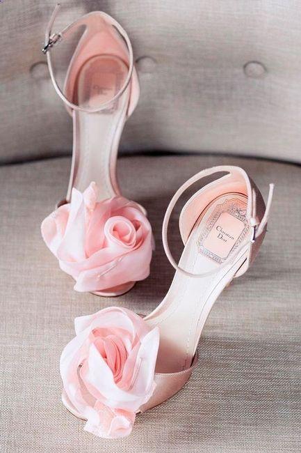 ¿Qué par de zapatos elegirías para tu gran día? 3