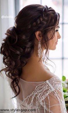 Peinados de pelo medio recogido