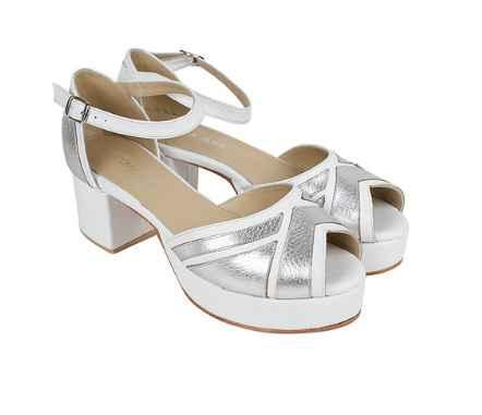 Novia con zapatos tradicionales o de colores? - 1