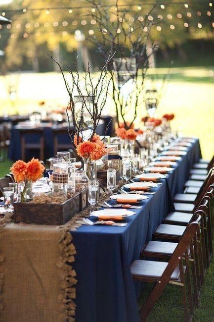 Mesas y manteles de inspiración azul 11