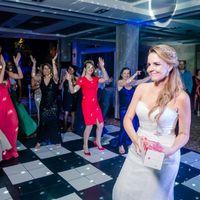 Lanzamiento de espumante para las casadas