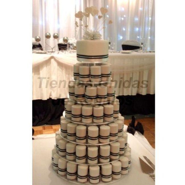 Torta nupcial: ¿Sencilla o con todo? 5