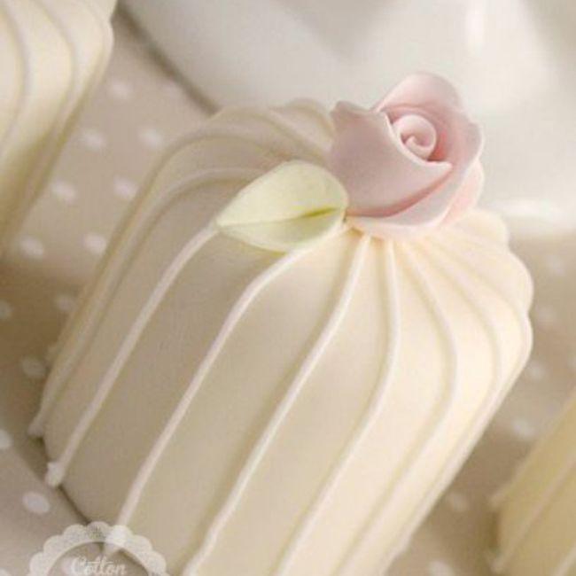 Torta nupcial: ¿Sencilla o con todo? 4