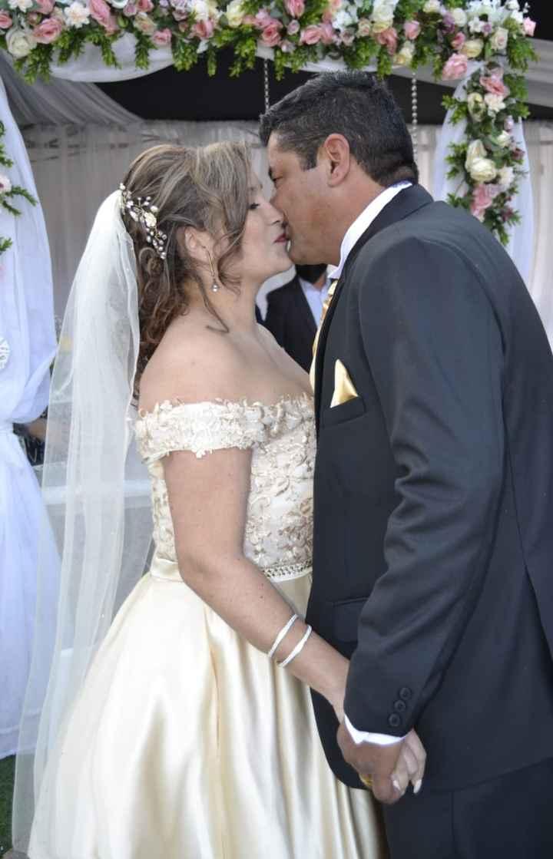 Recién Casados y lo prometido¡ - 15