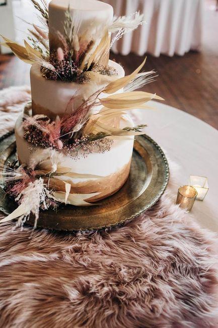 Torta nupcial: ¿Sencilla o con todo? 6