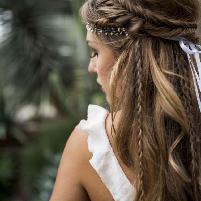 4 peinados con complementos de novias chilenas: ¿Cuál se acerca a tu estilo? 1