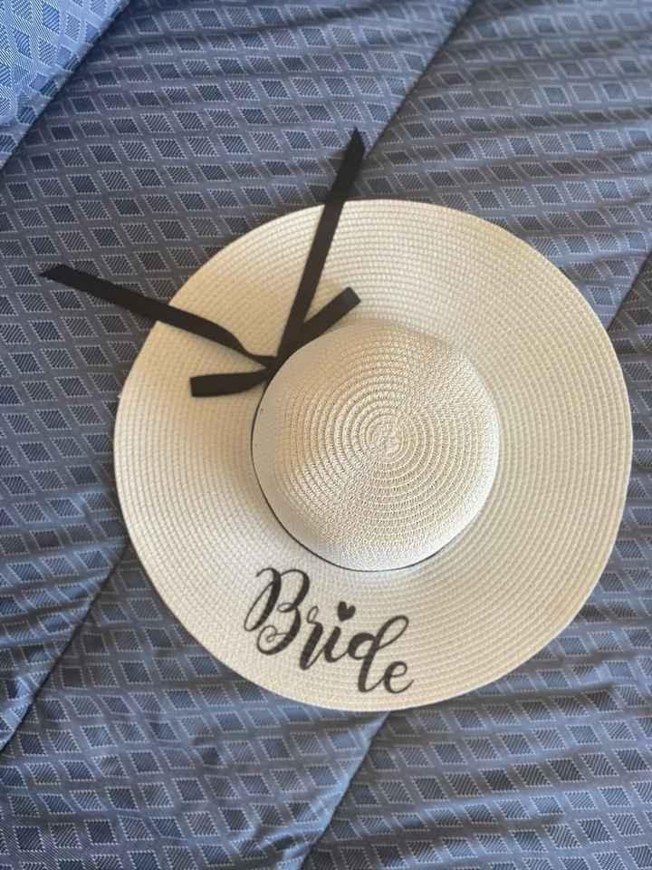 Sombrero luna de miel Aliexpress y pañoleta perrito de honor - 1
