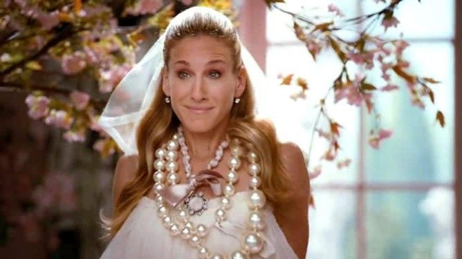 Novia con muchas perlas
