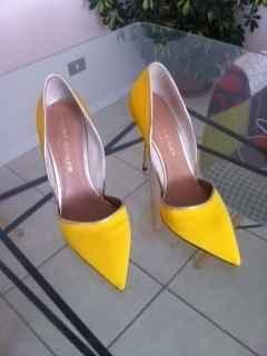 Mis zapatos para el civil