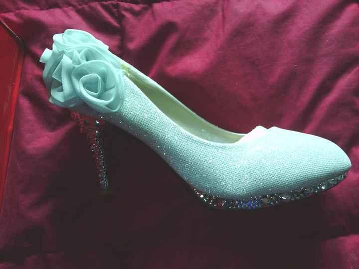 zapatos en mi cama!