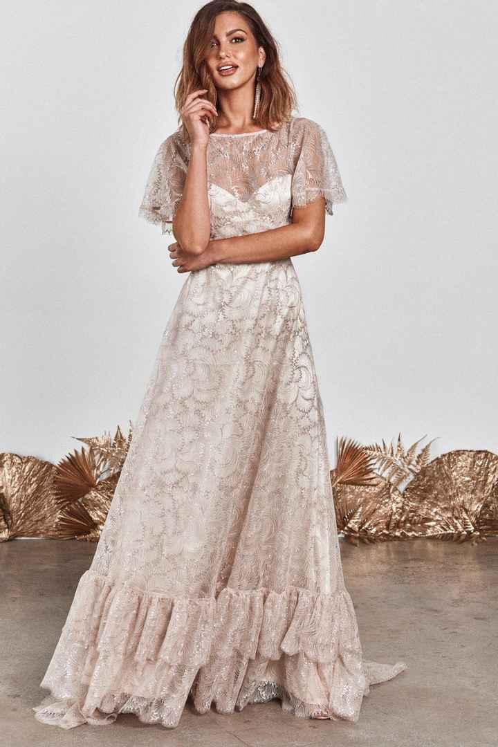 4 vestidos NO total white para novias - 1