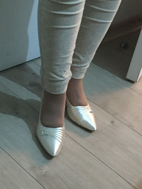 Necesito encontrar zapatos de novia - 2