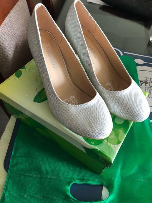 Comparte una foto de tus zapatos de novia ideales 4