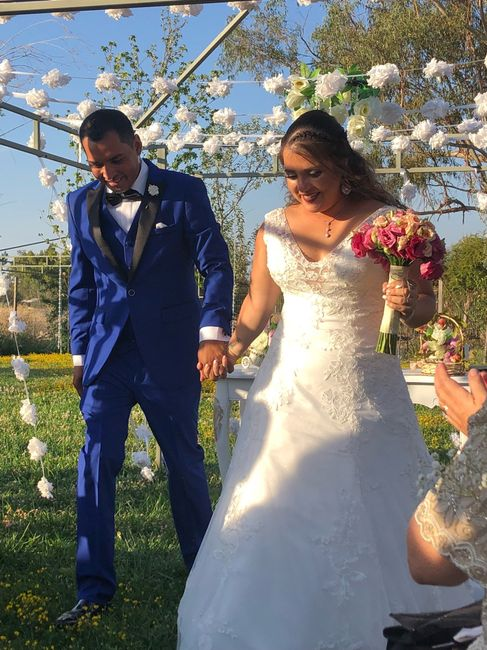 Ya casada y muy feliz 8