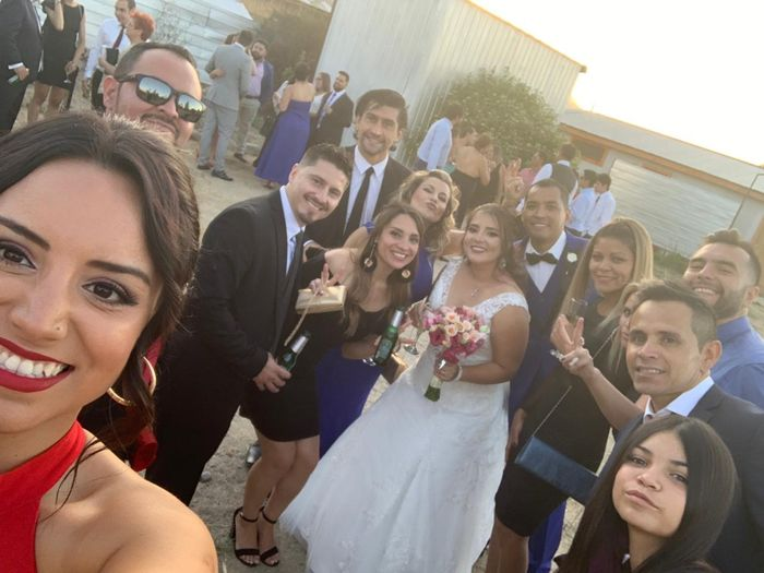 Ya casada y muy feliz 12