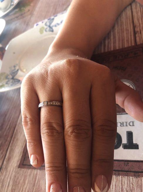Achúntale al anillo y...¡compártenos el TUYO!💍 3