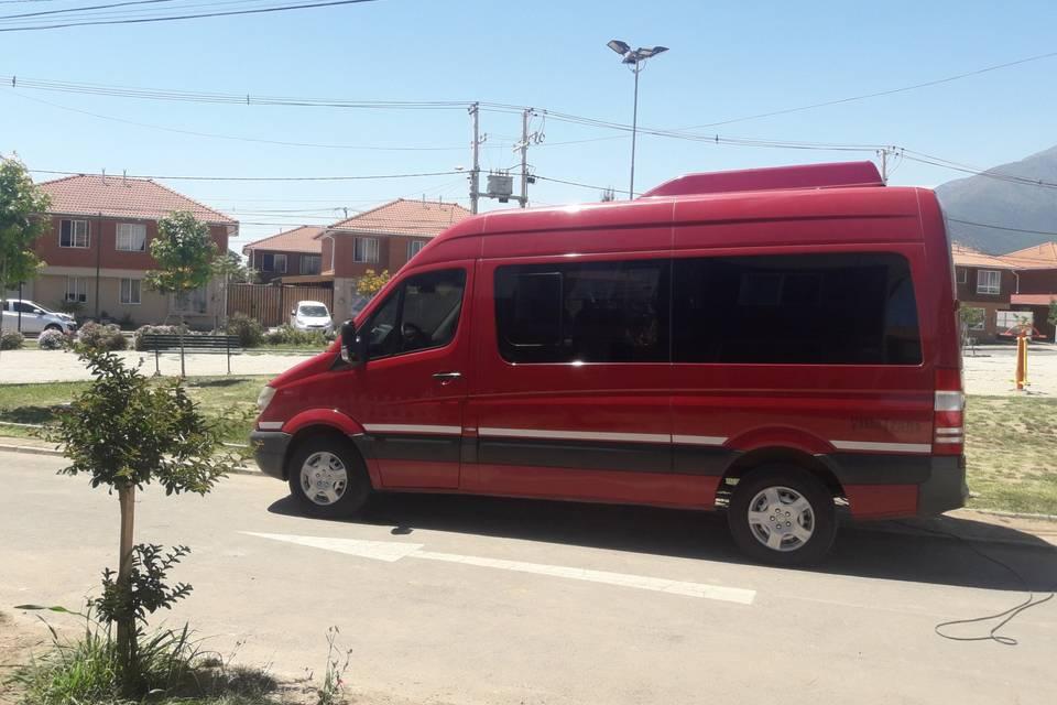 Mercedes Benz 14 pasajeros