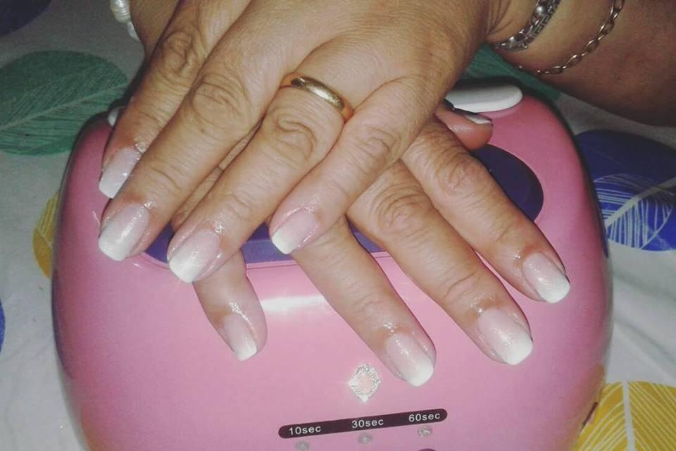 Ultravioleta Manicure