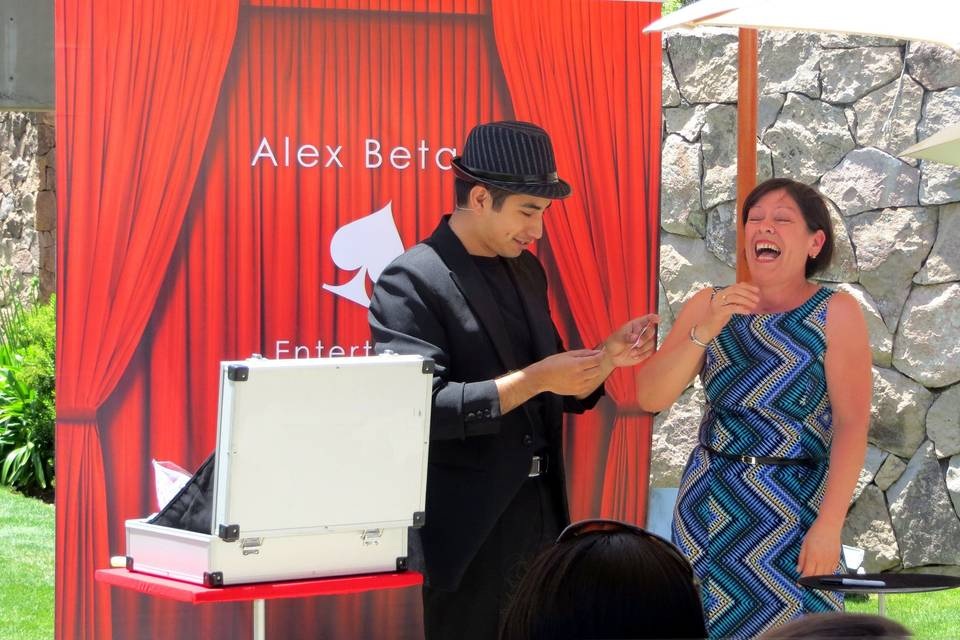 Mago Alex Betan