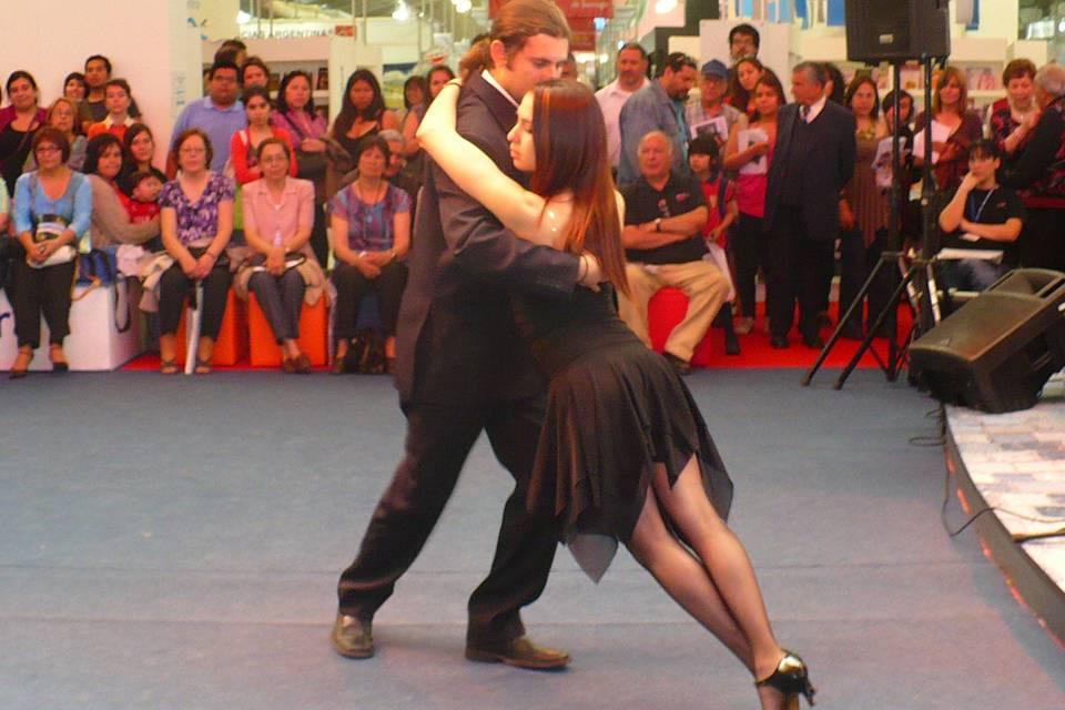 Entre Pasos - Clases de Baile