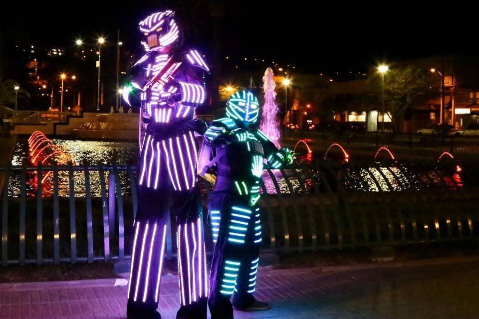 Robots led