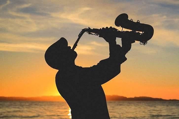 Lalo Saxofonista