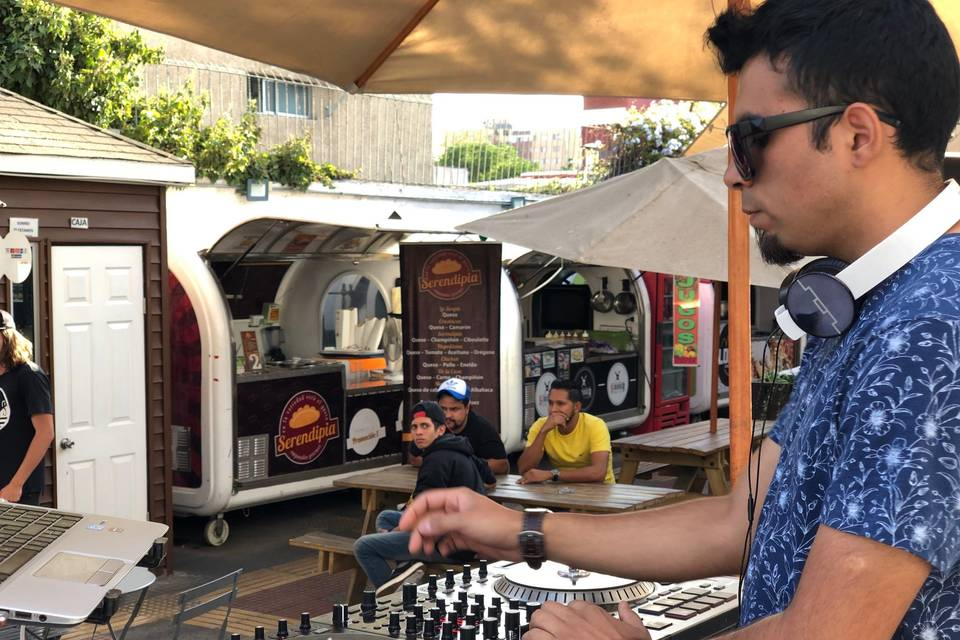 DJ Dry Music