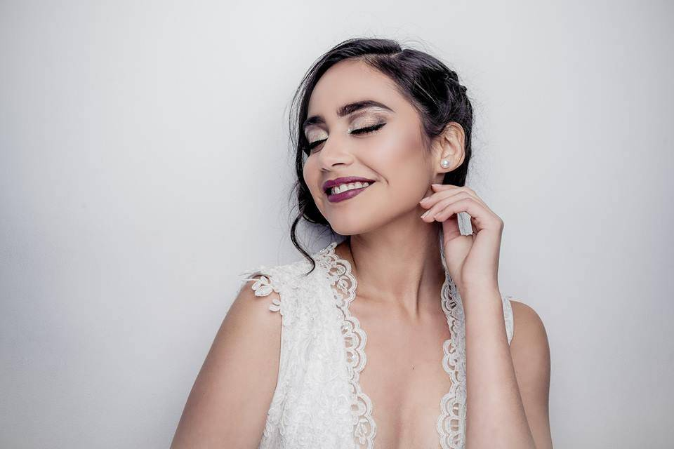 Arami Paulina Make Up Artist